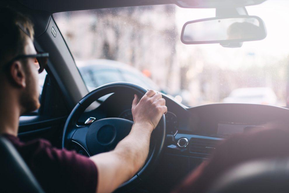 Auto ruckelt beim Anfahren